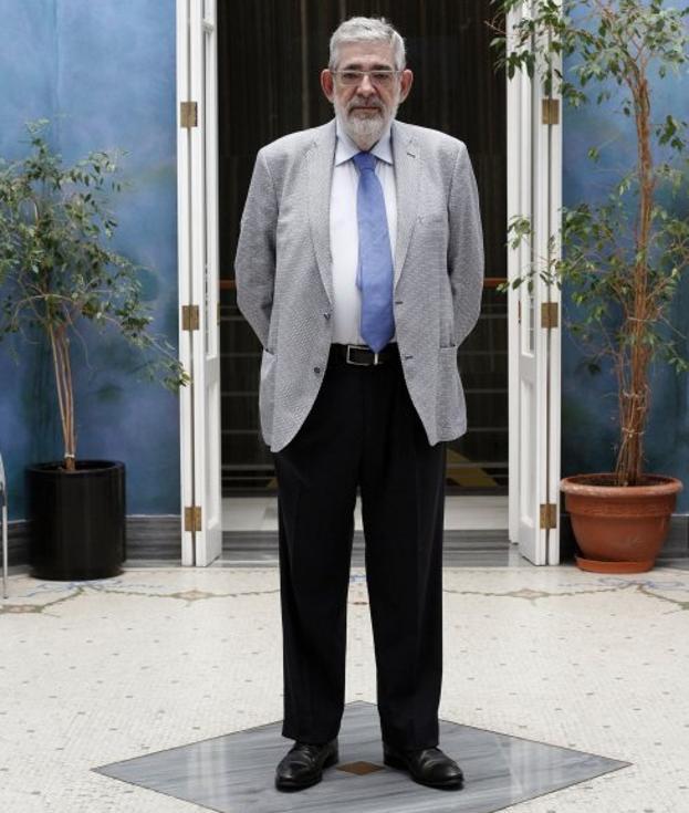 Vicente navarro de luj n no se puede comparar la situaci n de la ii rep blica con la actual - Vicente navarro valencia ...