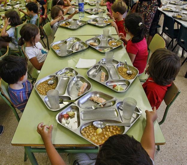 Educación resuelve las becas de comedor un mes después de iniciado ...