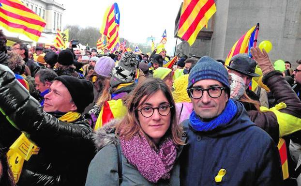 COMPROMIS CON EL GOLPISTA PUIGDEMONT EN BRUSELAS