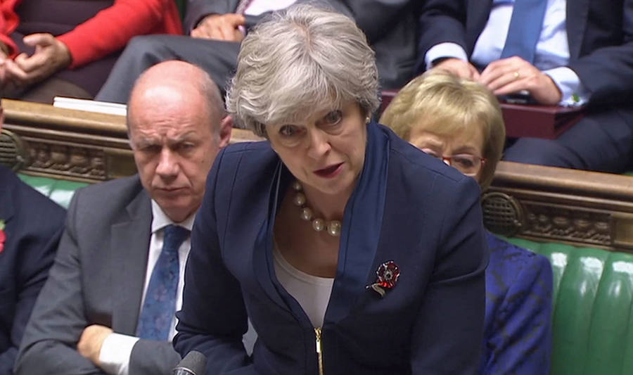 Theresa May, con Damian Green en segundo término.