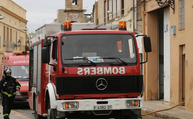 Imagen de archivo de un camión de bomberos/Javier Peiro