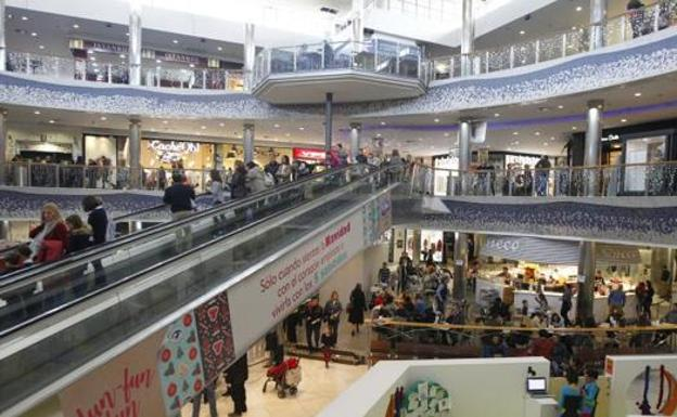 Centros Comerciales Abiertos Hoy Y Durante El Puente De Diciembre De