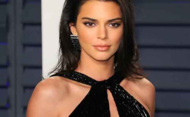 Kendall Jenner Y Su Atrevido Vestido En La Fiesta Post Oscar