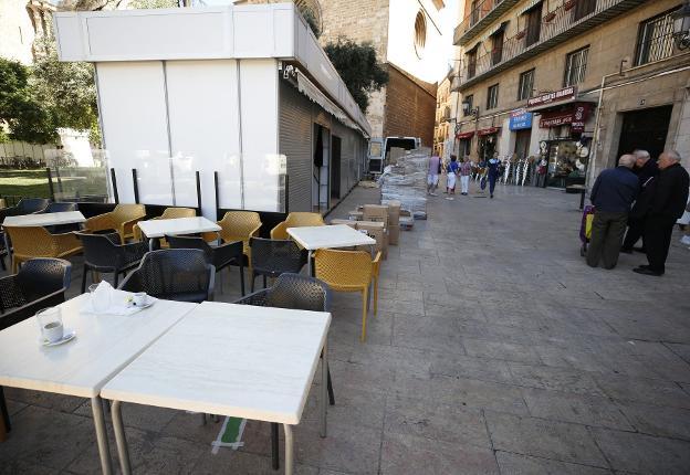 El Ayuntamiento Comienza A Reducir A La Mitad Las Terrazas