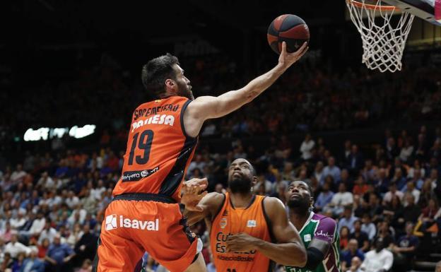Calendario Tecnyconta.Real Madrid Vs Valencia Basket En Directo Donde Ver Por Television