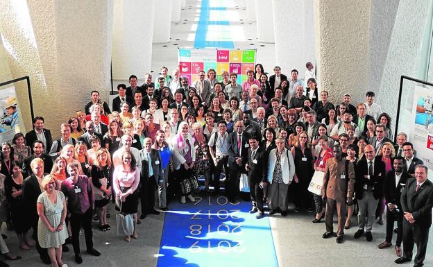 Participantes en la conferencia internacional celebrada en Ginebra. /LP