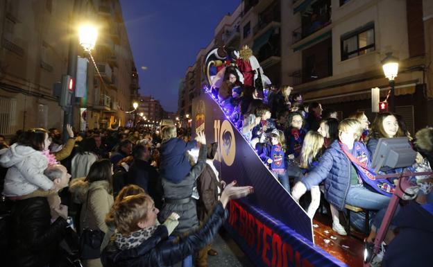 Cabalgata de los Reyes Magos de Valencia: del mar a la plaza del Ayuntamiento en dos horas