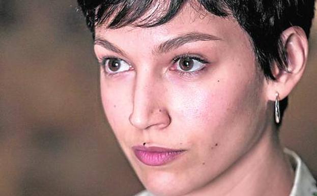 El escritor valenciano Santiago Posteguillo ya ha comentado que ve a la actriz Úrsula Corberó como la imagen de la emperadora Julia Domna.