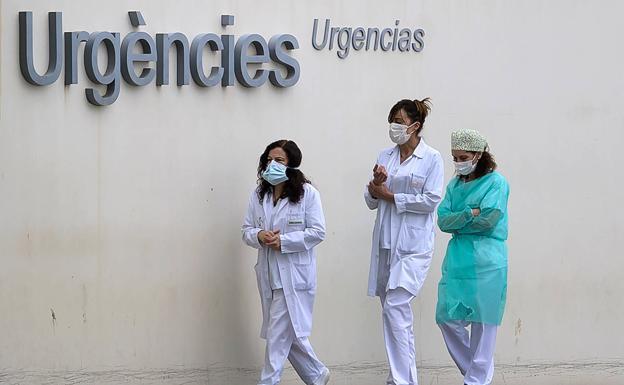 El coronavirus contagia a 584 personas y mata a 24 desde ayer en la Comunitat