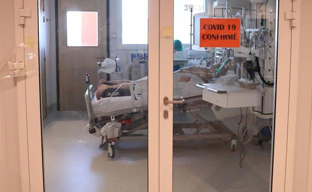 La UE retrasa dos semanas su respuesta a la crisis del coronavirus y agrava su división