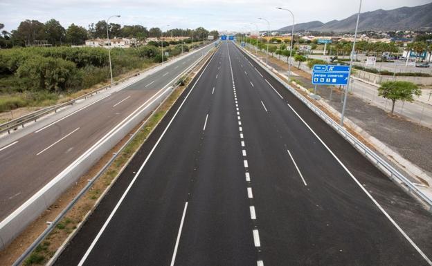 Carretera vacía durante el estado de alarma./EFE