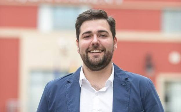 El alcalde de Rafelbunyol recibe la vacuna contra el Covid | Las Provincias