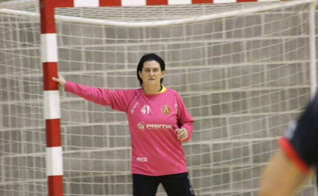 Raquel Ponce, durante su etapa como portera./Club Handbol Mislata