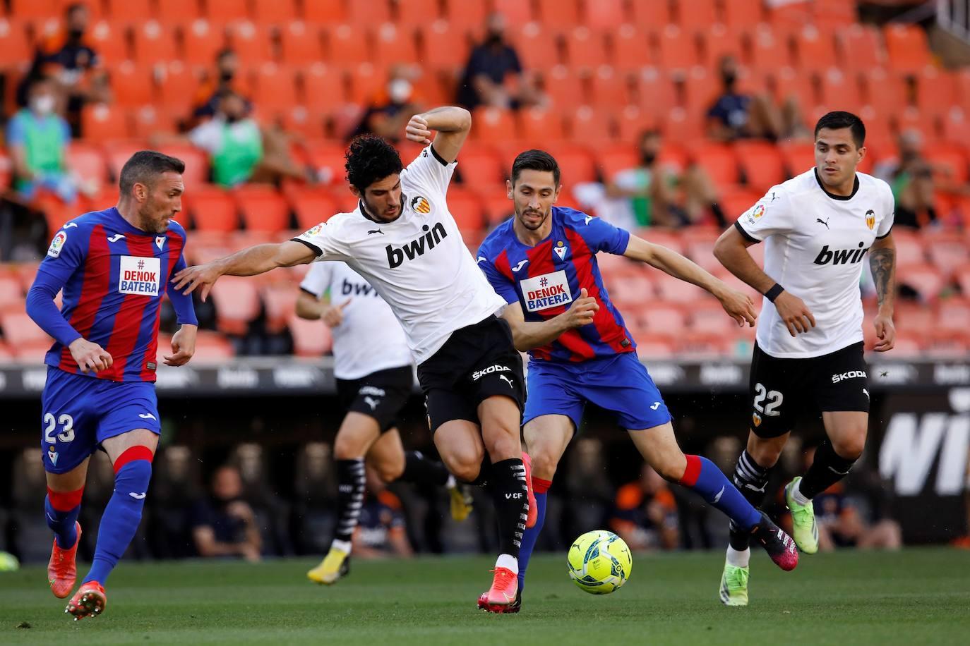 Fotos: Las mejores imágenes del Valencia CF-SD Eibar   Las Provincias