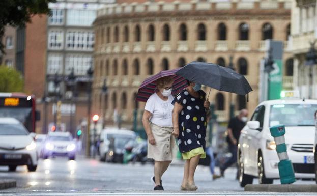 Lluvia en Valencia este verano./Ivan Arlandis